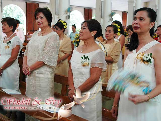 Principal Wedding Sponsor Gowns: Church Seating Arrangement